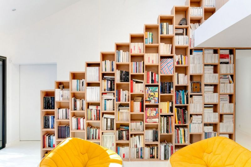Ступенчатая стеллаж архитектора Andrea Mosca - фото 1
